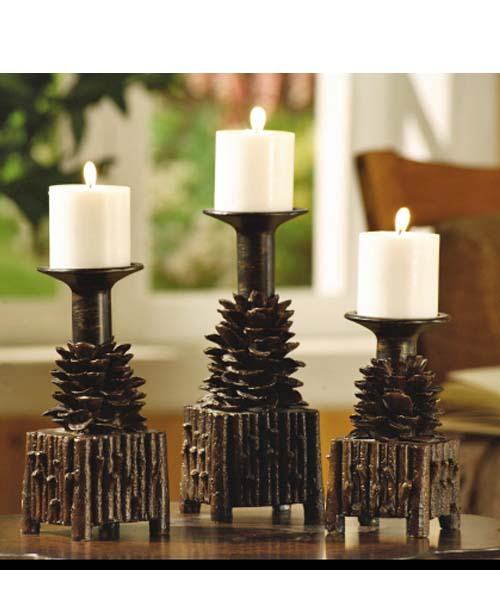 Pinecone Candleholder Set